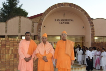 Swami Smarananandaji with his Secretary Swami Jnanavratanandaji and Swami Saradanandaji of Ramakrishna Centre of South Africa