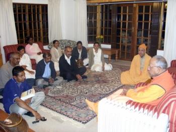 Swami Smarananandaji conducting a Retreat in Ladysmith