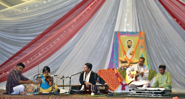 Devotional concert by Shanjeet Teeluck and his accompanying artistes